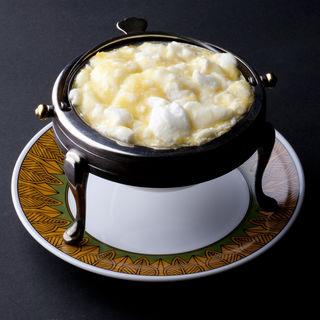 とうもろこしと卵白入りフカヒレスープ(ダイニズ・テーブル (DAINI'S table))