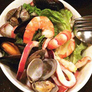 魚介類のサラダ(ナポリピッツァ アランジャルシ)
