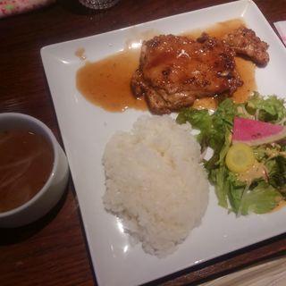 日替わりランチ(火曜日)・チキンソテー(キッチン ハセガワ (Kitchen Hasegawa))