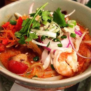 トムヤムクン冷麺(クルン・サイアム 中目黒店 )