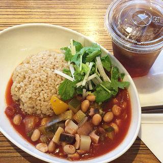 たっぷり野菜のミネストローネごはん(タヒチアン ノニ カフェ )