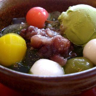 抹茶あんみつ(嵐山さくら餅 稲 (あらしやまさくらもち いね))