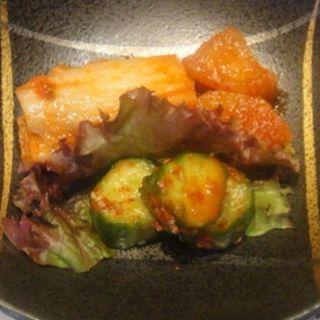 キムチ盛(創作焼肉 神戸 牛乃匠 (ギュウノタクミ))