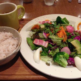 サラダプレート(クックコープカフェ アトレ川崎店 (COOK COOP CAFE))
