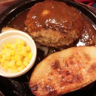 チーズインハンバーグ(240g)(シェーンズバーグ 新宿ミロード店 )