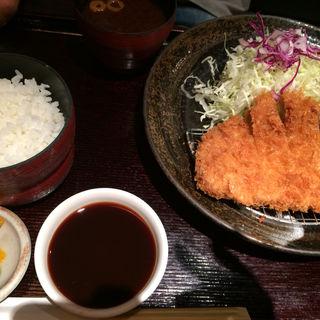ロースカツランチ(とんかつ 池田屋 川西店)
