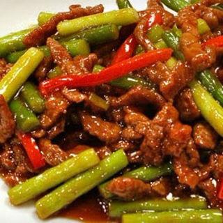 牛肉とニンニクの芽の炒め物(香味)