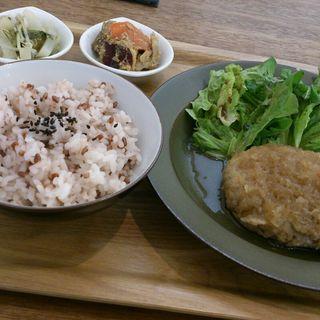 お肉の主菜ランチ(ハンバーグ)(cafe634)