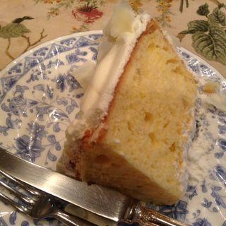 ホワイトチョコレートのシフォンケーキ(ティーハウス サラ (Tea House SARAH))