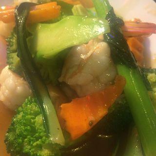 エビとブロッコリーのガーリックソース炒め(タイ・アヨタヤ・レストラン (Thai Ayothaya Restaurant))