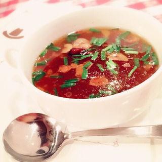 ニンニクと唐辛子のスープ(ザ・カウボーイハウス)