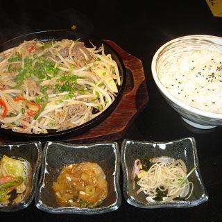 塩プルコギ定食(韓国料理 土火土火)