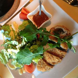 鮪ほほ肉のカツ(クマヤダイニング (Kumaya Dining))