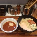味玉つけ麺焼き鮭絞り