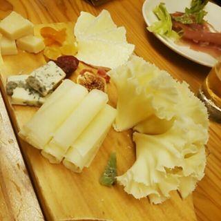 チーズ盛り合わせ(ディプント 銀座7丁目店)