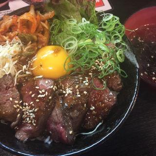 ハラミ丼(ホルモン焼肉 七福 )