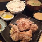 鶏の唐揚げ定食(本家 かのや 鹿児島 )