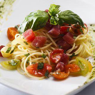 マグロとフレッシュトマトのスパゲッティーニ(エノテカノリーオ (Enoteca NORIO))