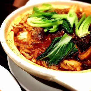 マーラー牛煮込み麺(香港ロジ 原宿店 )