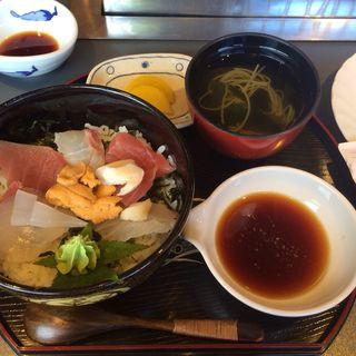 海鮮丼(美加茂 (みかも))