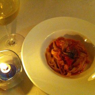 モッツアレラチーズと茄子とトマトのスパゲティ(トップ サーティー )