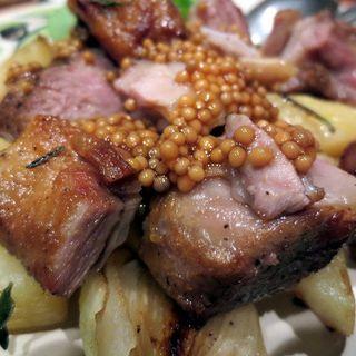 仔羊とジャガイモ小玉ねぎのオーブン焼き(ラ ピニャータ (la pignata))