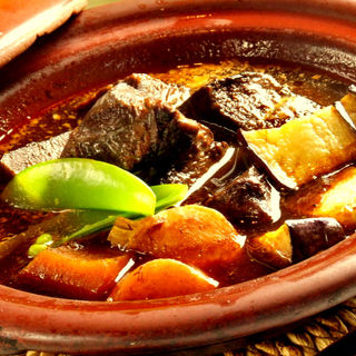 牛タンと野菜のワイン煮込み(gindachi (ギンダチ))