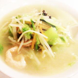 湯麺(野菜そば)(中国料理 大晃飯店)