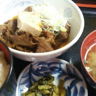 もつ煮定食(彩り亭)