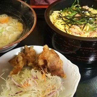 ちらし寿司定食(彩り亭)