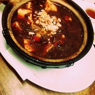 四川麻婆豆腐の土鍋煮込み(ファイブスター・カフェ )