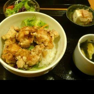 唐揚げ丼ランチ(レギュラー)(鶏バル )