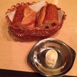 パン(バター付)
