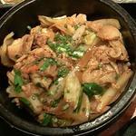 石焼豚丼(韓国料理 土火土火)