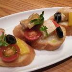 鶏肉と彩り野菜のパテ(窯MARU )