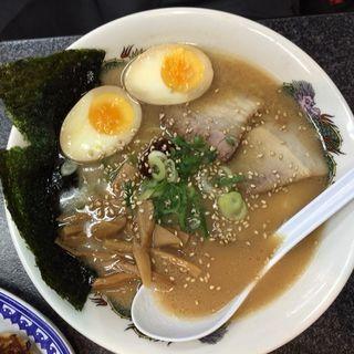 ふくちぁんラーメン醤油とんこつ(大阪ふくちぁんラーメン 寝屋川店 )