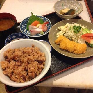 タコめし定食(晴快荘 )