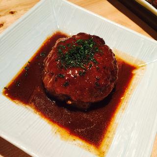和牛シルクハンバーグ(肉割烹バル)