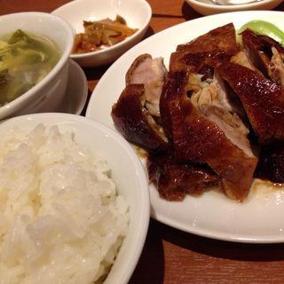 骨付き鴨肉のあぶり焼き(中華街 桂宮)