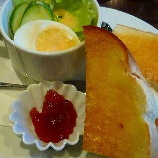 厚切りトーストセット(喫茶どんぐり )