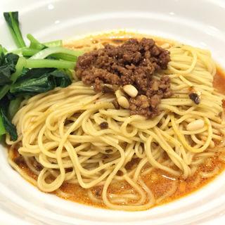 厨房担々麺(四川料理 松の樹)