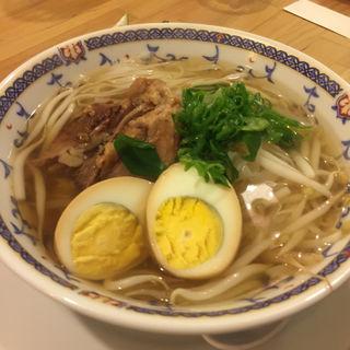 豚すね煮込みのっけ汁そば(ヨロズ食堂 )