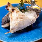 鮮魚カマの岩塩焼き