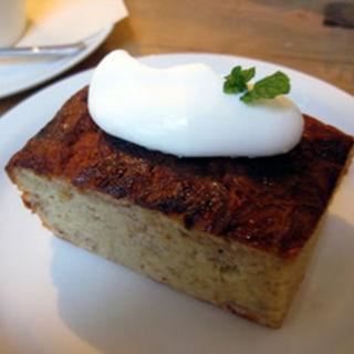 バナナケーキ(モダナークファームカフェ (Modernark pharm cafe))