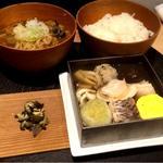 ランチ(寄せ鍋×女将さんのカレー饂飩)