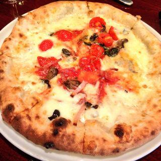 キノコのクリームピザ(Pizzeria del Re(ピッツェリア デル・レ))