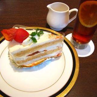 フルーツトマトのショートケーキ(M&C Cafe 川崎店)