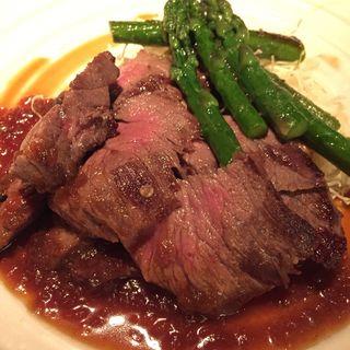 牛ロースのステーキ お野菜添え(鮨くいじーぬ しゃり )