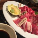馬刺し盛り 大(闇焼馬喰ろう 神田南口店 (ばくろう))