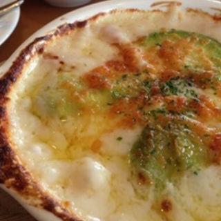 アボカドのチーズグラタン(グレイスガーデンプラス)